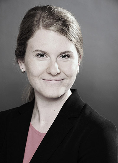 Portrait Dr. Julia Fischer