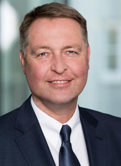 Portrait Dr. Frank Walthes