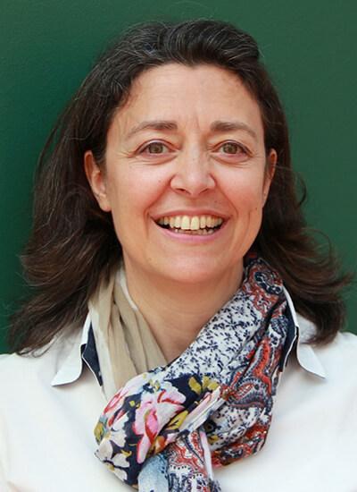Portrait Dr. Rosário Costa-Schott